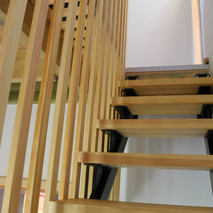 Pine solid wood stairs with steel frame