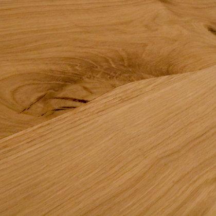Curvilinear wood floorin